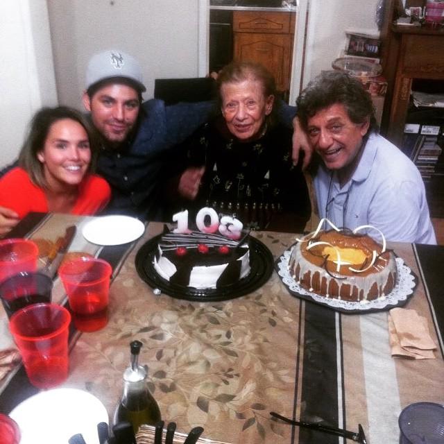 Grattis farmor på 103 årsdagen!