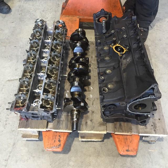 #R34GTR #byggaracemotor #rb26dett borrning, planing, balansering , slipning mm :)