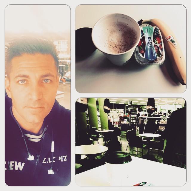 Upp kl 05:30 - check ! Frukost i Västberga  #newlife #frukost @alfa155aalarm
