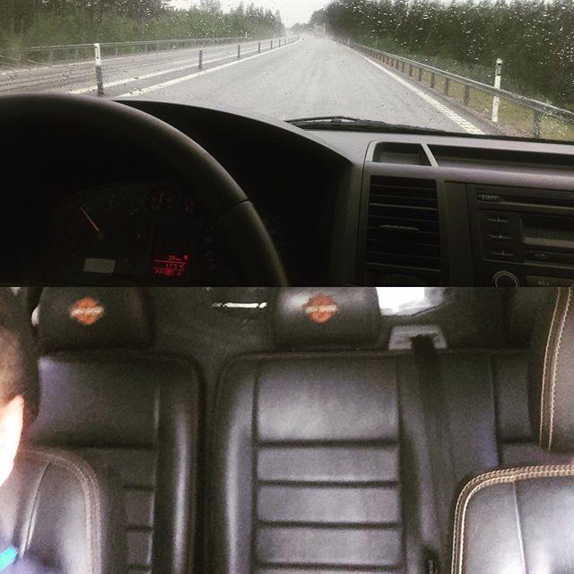 Påväg hem med nya bilen
