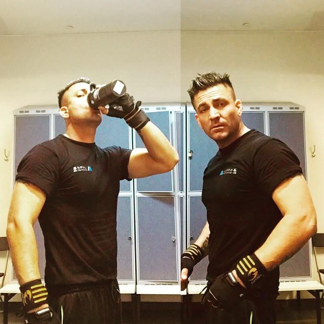 Me, myself and i @the gymJa när man saknar träningspartner så får man klona sig själv.. #fitness #gym #gammalgubbjävel