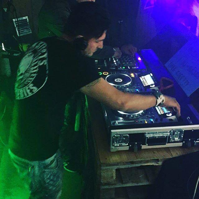 Djing @ Passionsfrukt #passionsfruktsthlm #openair #techno #techhousemusic #zeba #zeblopezofficial