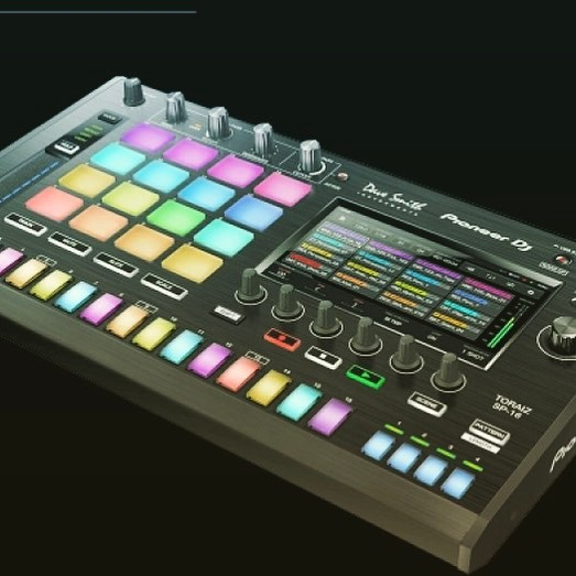 This Baby is going to be with me on all livesets :) pioneer toraiz sp 16