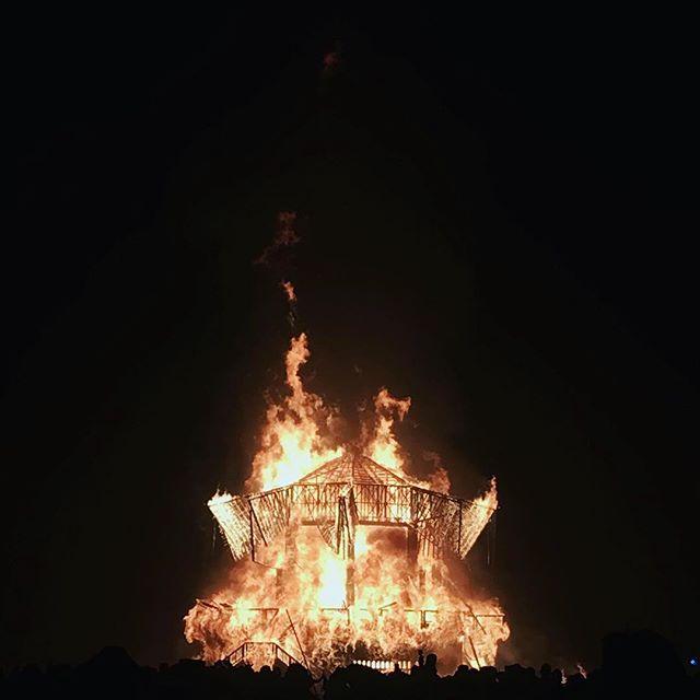 The Man Burn #djlife #djzeb #burningman #loverock #techhouse #technohearts #djzebofficial #toxicjourney #deepsessions #chinosound #danleysoundlabs